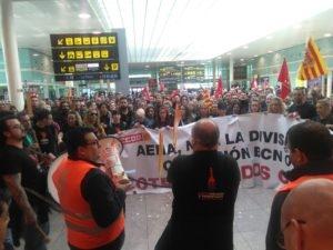 Huelga indefinida a partir de hoy en los centros de Pansfood del aeropuerto de Barcelona