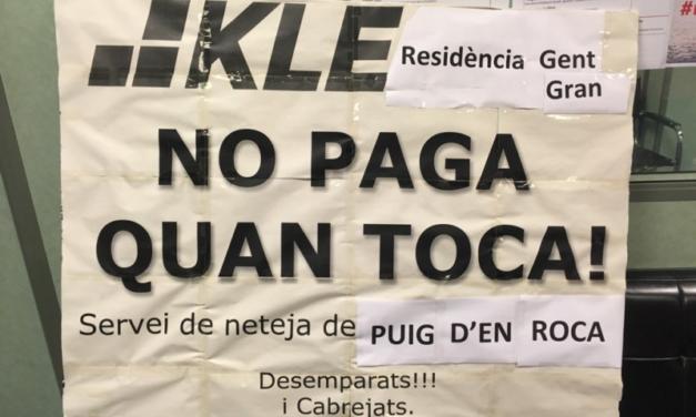 Las trabajadoras de la limpieza del Puig d'en Roca (Girona) hacen huelga para reclamar el pago de las nóminas