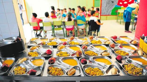 UGT denuncia que el equipo de Gobierno de Terrassa no cumple el compromiso de municipalizar el servicio de comedores escolares